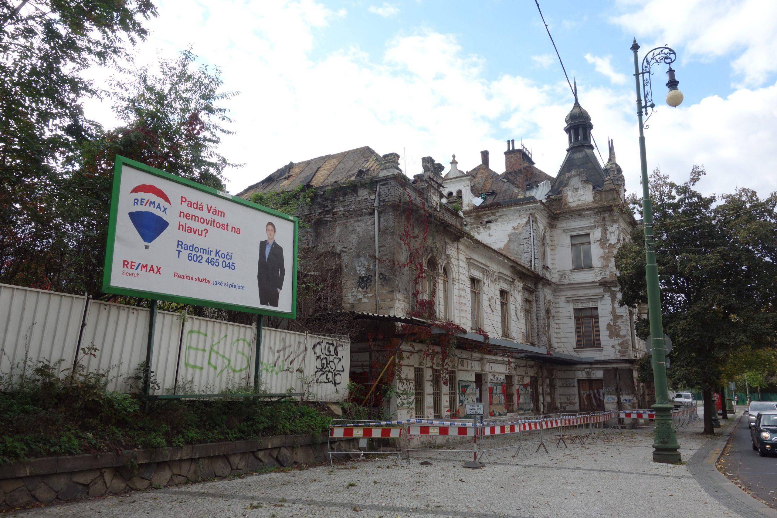 Prodej nádraží Vyšehrad v roce 2007